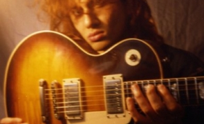 Dave Sharman with one of his Gibson Les Paul's